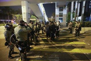 L'ONU déplore la violence des manifestants à Hong Kong