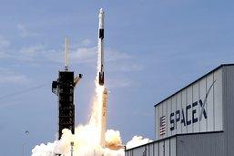 SpaceX vise la fin 2021 pour l'envoi de touristes dans l'espace