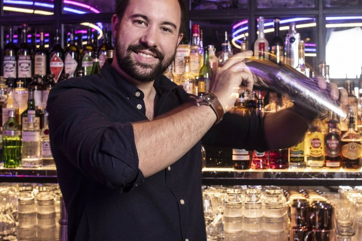 Victor, le roi du bar